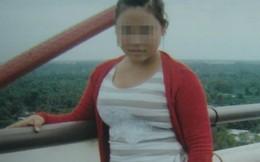 """Người mẹ 16 tuổi """"ngâm"""" con đến chết bị khởi tố"""