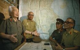 Thước phim màu quý giá về Tướng Giáp trong trận Điện Biên Phủ