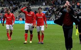 Lộ mặt 2 CLB đầu tiên xuống hạng ở Premier League
