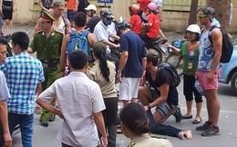 Thanh niên Tây cứu người Việt bị nạn, bất chấp hiểm nguy