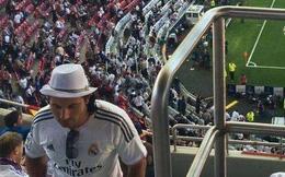 """Ảnh chế: Lén cổ vũ Real, Messi bị """"chộp"""""""
