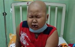 Ứa nước mắt vì cháu bé bị ung thư máu, nằm cầu cứu
