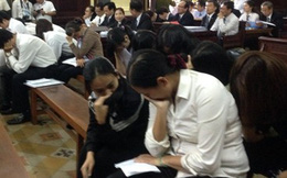 Nữ đại gia bật khóc trong phiên xử Huyền Như