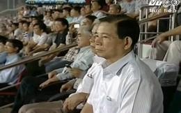 Nguyên Chủ tịch nước Nguyễn Minh Triết tới cổ vũ U19 Việt Nam