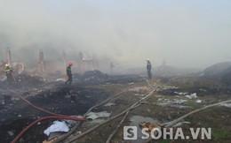 Cháy bãi phế liệu hàng ngàn m2, người đi đường ngạt thở