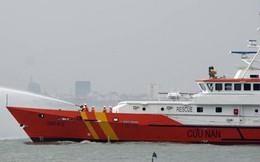 Cứu ngư dân bị đau ruột thừa trên biển
