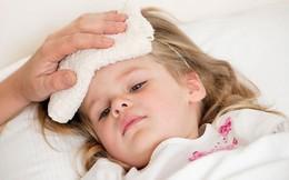 5 sai lầm của cha mẹ khi chăm sóc trẻ sốt cao