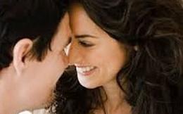 """Khi """"yêu"""", phụ nữ rất thích """"đối tác"""" làm cho mình 6 điều sau"""
