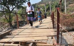 Lai Châu: Nhiều cầu tạm, cầu treo chờ sập