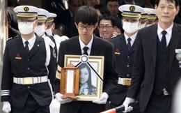 Lặng người trước những đám tang đầu tiên của nạn nhân chìm phà