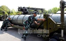 [VIDEO] Tên lửa S-300 PMU1 của Việt Nam diễn tập
