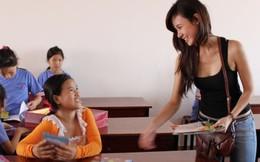 """So sánh mặt mộc """"xấu đến khó tin"""" của hot girl Việt"""