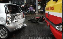 Xe buýt hất đuôi xe máy lao vào ô tô, 1 người nhập viện