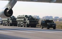 """[ẢNH + VIDEO] Hình ảnh đầu tiên của """"rồng lửa"""" S-400 tại Syria"""