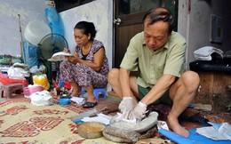 """Người giữ """"bí kíp"""" làm mặt nạ giấy bồi ở Hà Nội"""