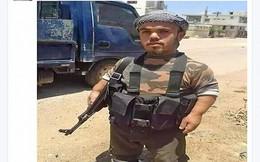 Phiến quân khủng bố cao... 90cm