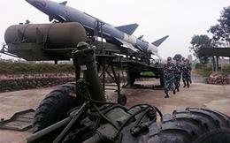 """Ở đơn vị đầu tiên hạ """"siêu pháo đài bay"""" B-52"""
