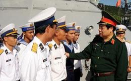 Bộ trưởng Phùng Quang Thanh thăm, kiểm tra Bộ tư lệnh Vùng 3 Hải quân