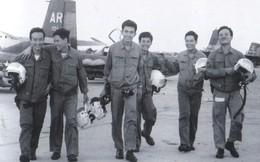 Chuyện chưa biết về Phi đội ném bom sân bay Tân Sơn Nhất