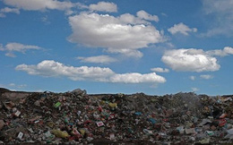 """Trung Quốc: Địa danh du lịch """"chìm"""" trong hàng tấn rác sau kì nghỉ quốc khánh"""