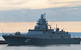 [ẢNH] Cận cảnh siêu hạm Đô đốc Gorshkov của Hải quân Nga