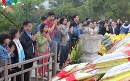 Người dân đến viếng mộ Đại tướng những ngày giáp Tết