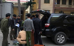 """Đình chỉ lái xe của Sở GTVT Nghệ An bị tố chặn xe tải """"làm luật"""""""
