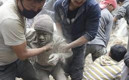 Thần đồng Việt gửi thơ xúc động tới Nepal