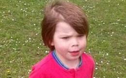 Vì sao một cậu bé 3 tuổi lại tự cầm kéo cắt dương vật?