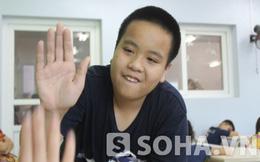 """Những điều lạ lùng trong lớp 1000 học sinh của """"thầy"""" Đỗ Nhật Nam"""