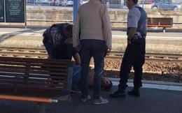 2 lính thủy đánh bộ Mỹ 'bắt nóng' kẻ xả súng đẫm máu trên tàu hỏa Pháp