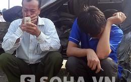 Tai nạn xe khách ở HN: Bàng hoàng nhìn 2 người thân văng khỏi xe