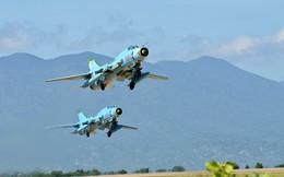 Rơi 2 máy bay Su-22: Hải quân, biên phòng túc trực cả đêm ở hiện trường