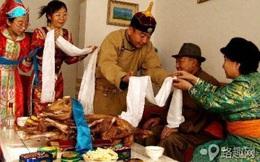 Bạn sẽ ngỡ ngàng khi biết người Mông Cổ đón Tết như thế này