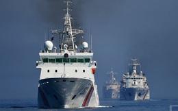 ẢNH: Cảnh sát biển Trung Quốc, Nga tập trận bao vây tàu vận tải