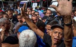 Thủ đô Venezuela tê liệt vì tài xế xe bus biểu tình