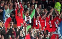 Và người Man United sẽ lại hát vang Bài ca rước Cúp