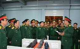 Đại tướng Phùng Quang Thanh thăm và kiểm tra tại Nhà máy Z111