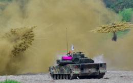 24h qua ảnh: Xe tăng Hàn Quốc phô diễn hỏa lực khi tập trận