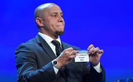 Hành động khó hiểu trong lễ bốc thăm của Roberto Carlos bị nghi ngờ