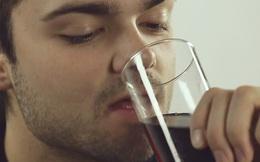 Không chỉ rượu bia, còn có 4 loại đồ uống khác nguy hiểm cho sức khỏe quý ông