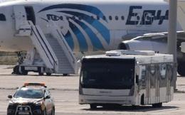 Hãng Egypt Air nhiều lần bị không tặc ''hỏi thăm''