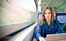 Chán… thuê nhà, cô sinh viên Đức sống trên tàu hỏa