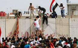 Người biểu tình xông vào đập phá tòa nhà Quốc hội Iraq