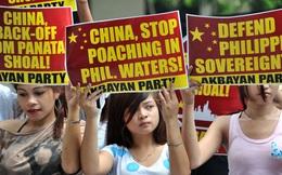 """Duterte đã trái ý đại đa số dân Philippines khi """"yêu quý"""" Trung Quốc như bạn tốt"""