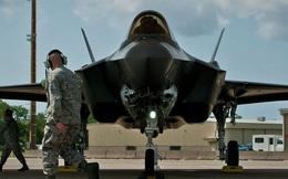 """F-35 bốc cháy đúng ngày chuyển giao cho Nhật Bản, Mỹ vẫn """"bình chân như vại"""""""