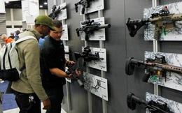 Luật pháp Mỹ lại bó tay trước súng đạn