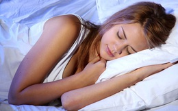 """Khoa học đã chứng minh, ngủ nghiêng bên trái đem lại 6 lợi ích """"kỳ diệu"""""""