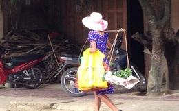 """Hình ảnh chị bán rau """"thời trang"""" nhất Lào Cai"""