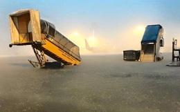 Sài Gòn mưa lớn, sân bay Tân Sơn Nhất ngập nặng